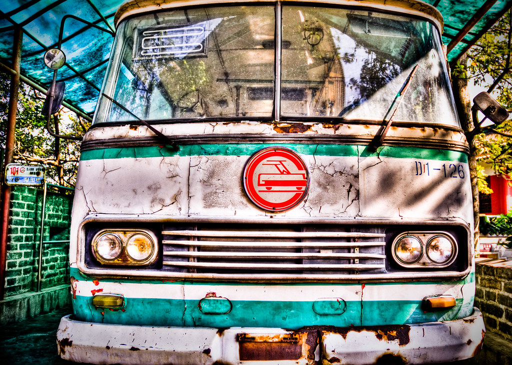 Rusty bus, Guangzhou | Probably one of my favourite HDR's ho