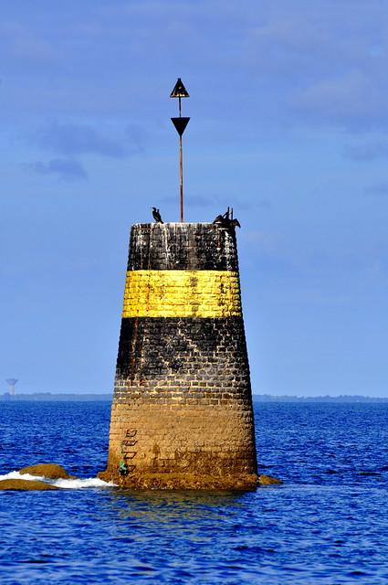 Au large de la pointe du corbeau, l Ile d'Yeu