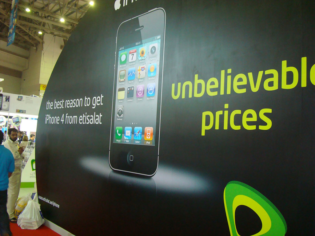 iPhone 4 Ad by Etisalat | They don't sell it without a plan … | Flickr