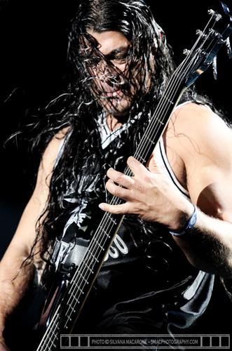 Metallica -16thOct2010@BEC -17