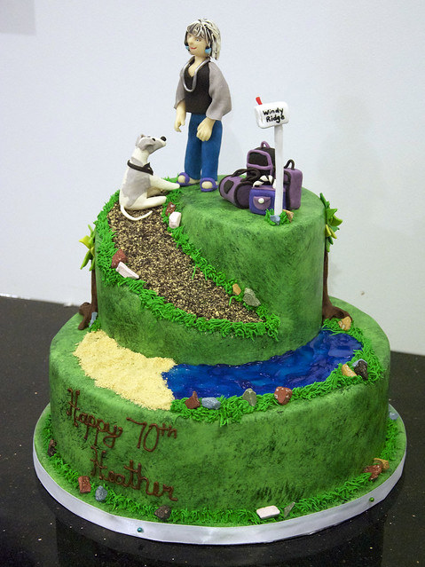 BC4011 - 70th birthday cake