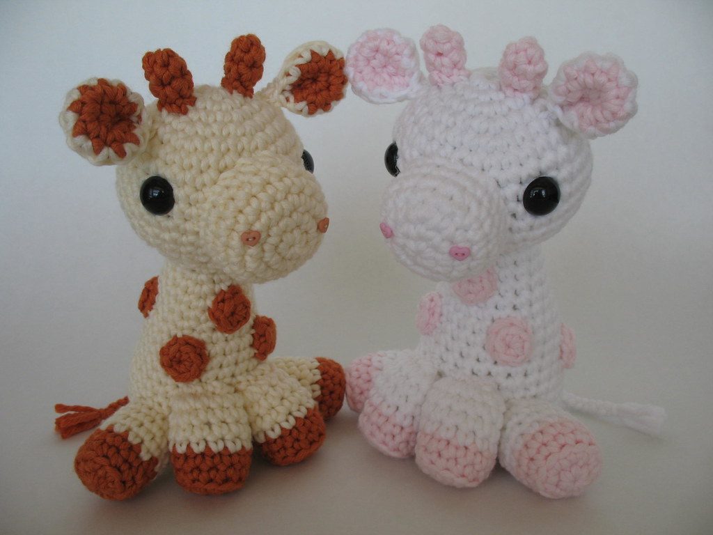 Baby Giraffe-Instant Download Crochet Pattern-Toy Giraffe ... | 768x1024