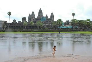 Angkor Wat   by HSNUHOW