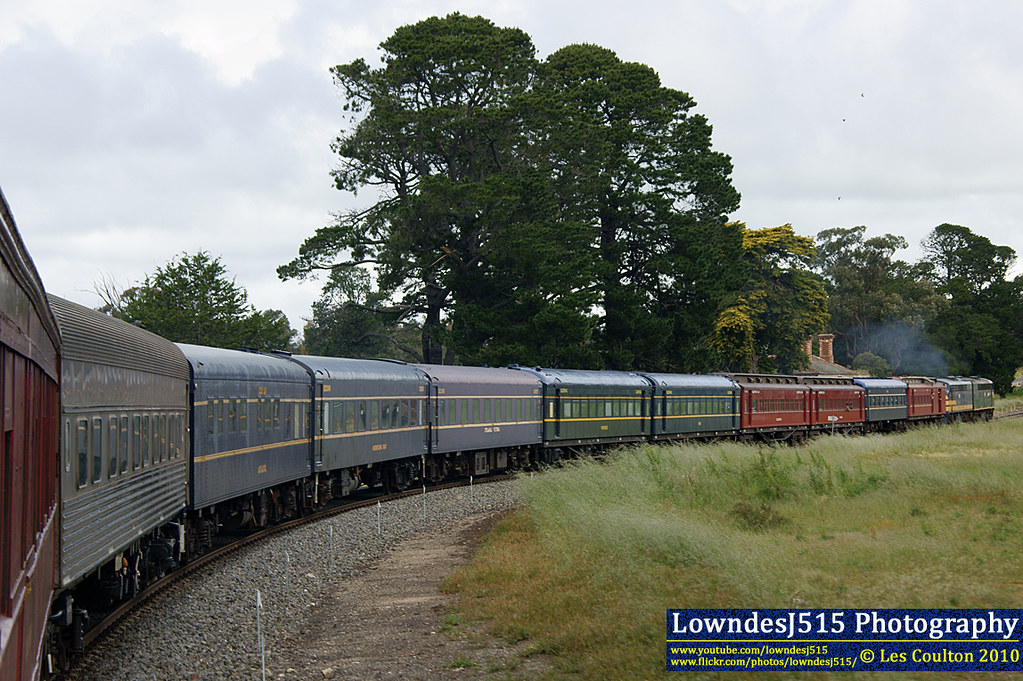S301 & S313 at Clunes by LowndesJ515