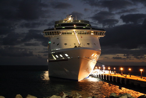 cruise carnival ship dusk miracle stkitts