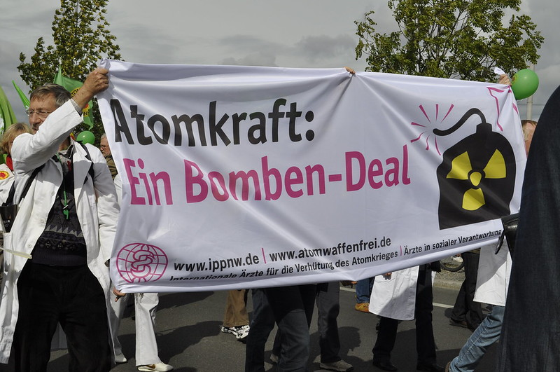 Ärzte gegen den Bomben-Deal