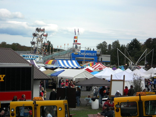 show new york carnival autumn food ny newyork game travelling fall apple festival square fun amusement ride central harvest fair rides chance midway centralsquare amusements utica inflatables inflate