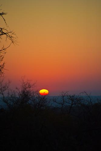 sunrise pondoro