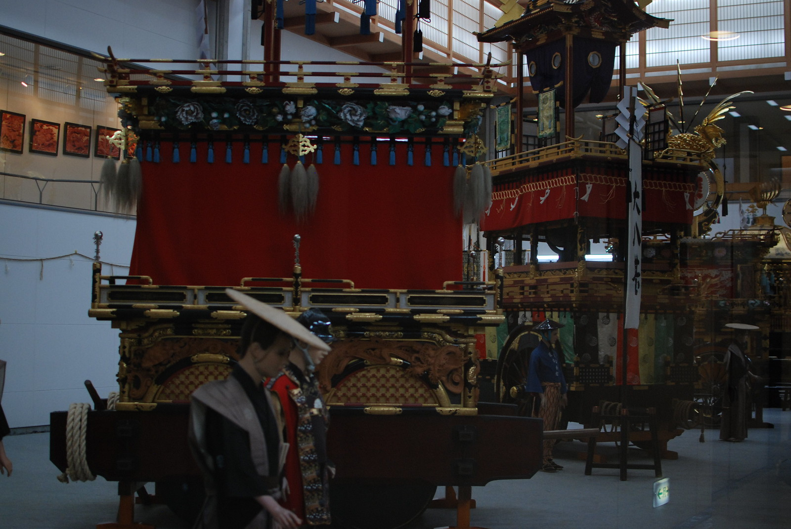 Algunas carrozas centenarias en Takayama