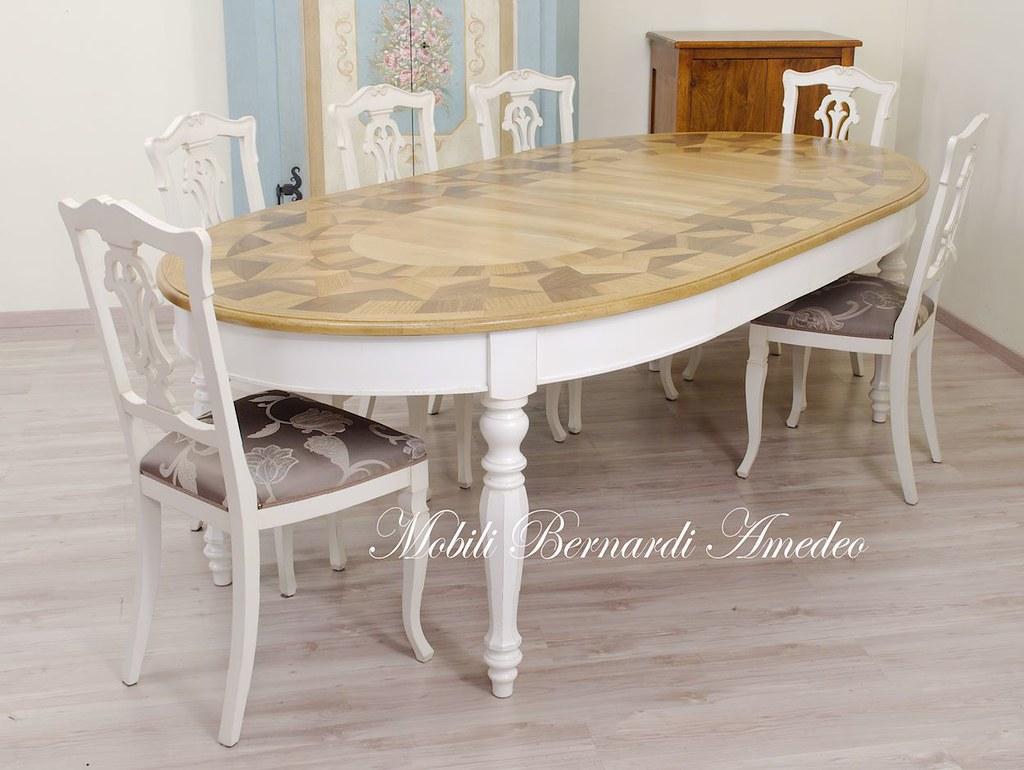 Tavolo ovale intarsiato bicolore | Tavolo ovale allungabile ...