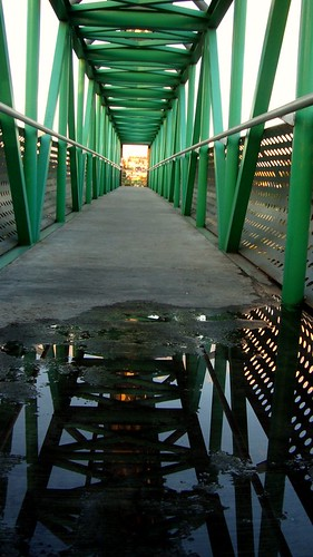 Tunel de metal