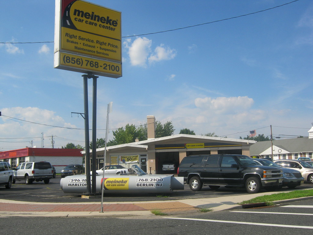 Car Care Center >> Meineke Car Care Center A Meineke Car Care Center On The W