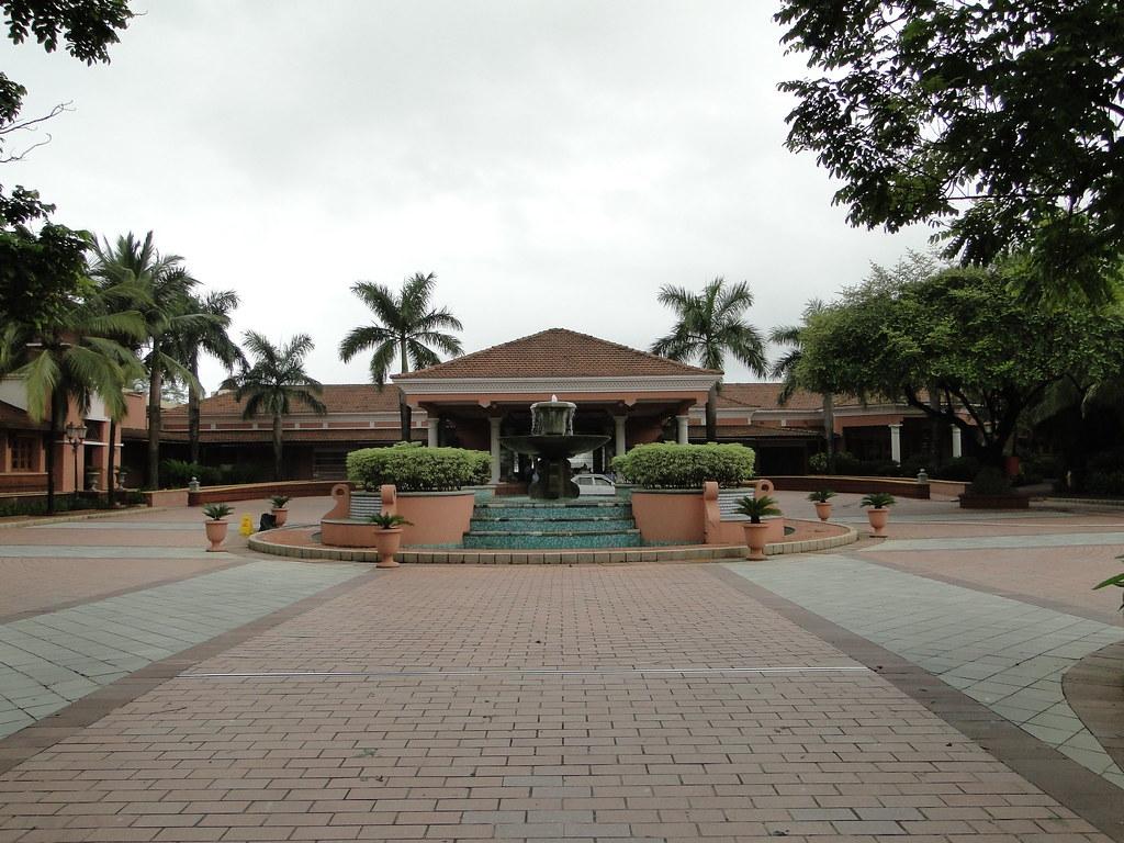 Park Hyatt Goa entrance