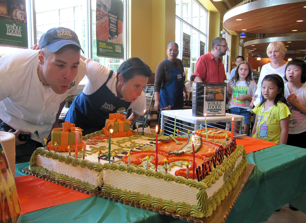 Whole Foods Market Paramus 30th Birthday Cake By Tony Tone Albanese