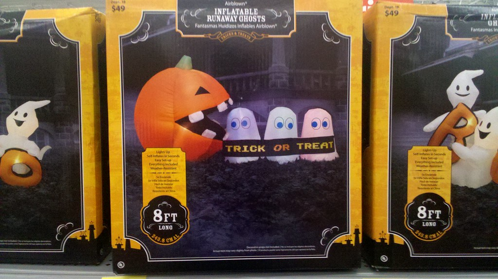 Pacman Halloween Decorations At Walmart Andrew Hays Flickr