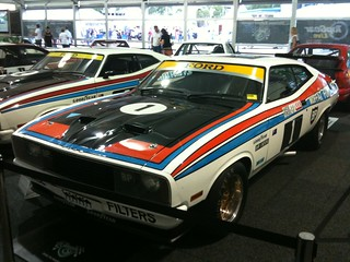 1977 Ford XC Falcon Hardtop Group C - Outright Winner 1977 Hardie Ferodo 1000