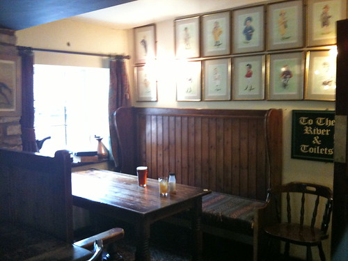 A lonely pint on the table at The Fox Inn Little Barrington | by Tip Tours