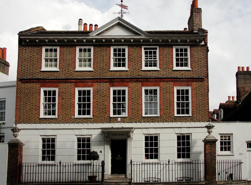 A Georgian House in Hampton