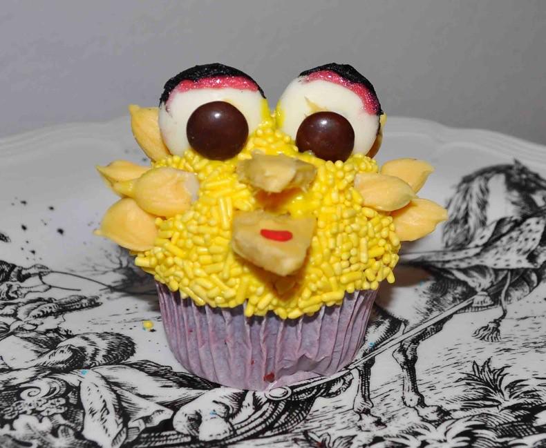 Big Bird cupcake | A mock up for Sesame Street cupcakes