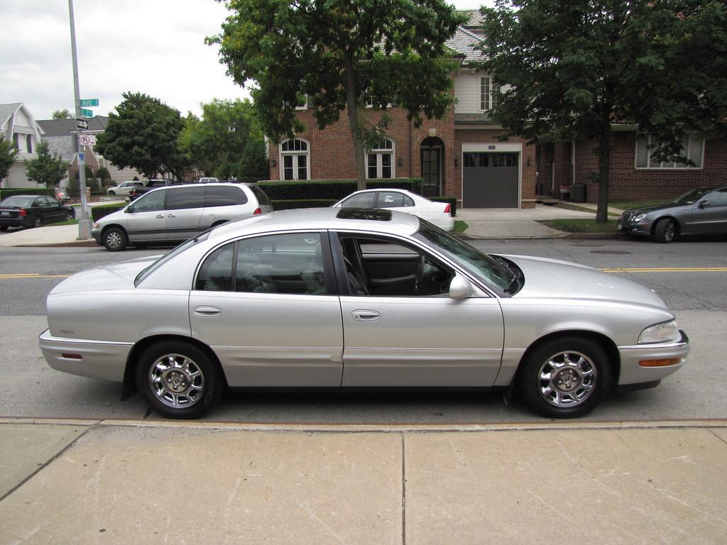 Park Ave Auto >> 2000 Buick Park Avenue Ultra 8975 Nacmias Auto Dealer 1
