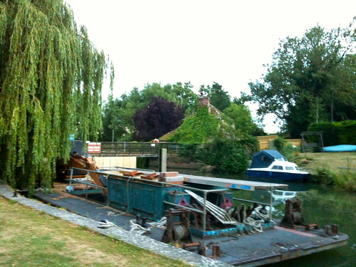 Across the weir at Buscot Lock   by Tip Tours