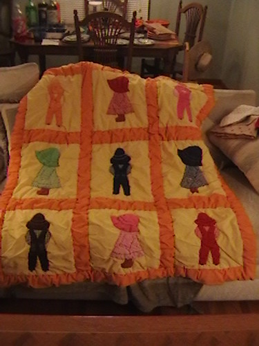 Thrifted quilt - Sunbonnet Sue/Farmer Sam