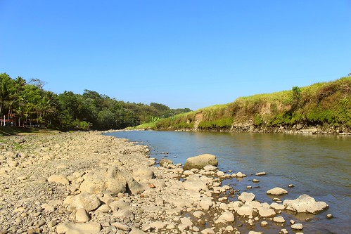 trip blue sky holiday green river indonesia scenery rocks stones sunny clear