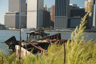 BrooklynBridgePark-Exteriors-creditAndreaLipinski