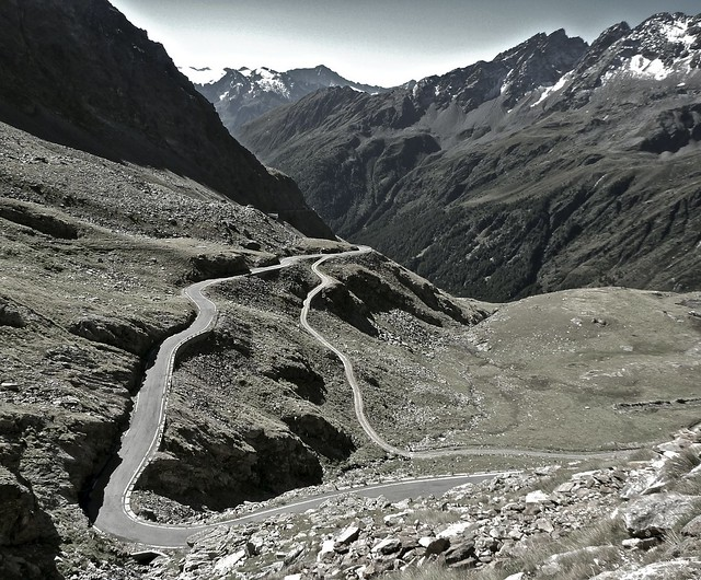 Passo Gavia - south side