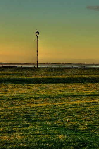 morning light green lamp grass sunrise canon dawn coast early streetlight long shadows streetlamp lancashire lytham daybreak fylde eos450d