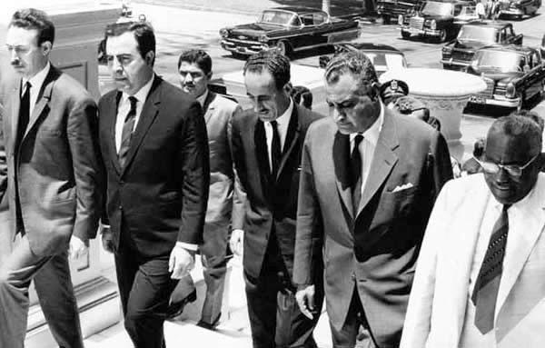 صورة جامعة سنة 68 للرؤساء جمال عبد الناصر العراقي عبد الرح Flickr