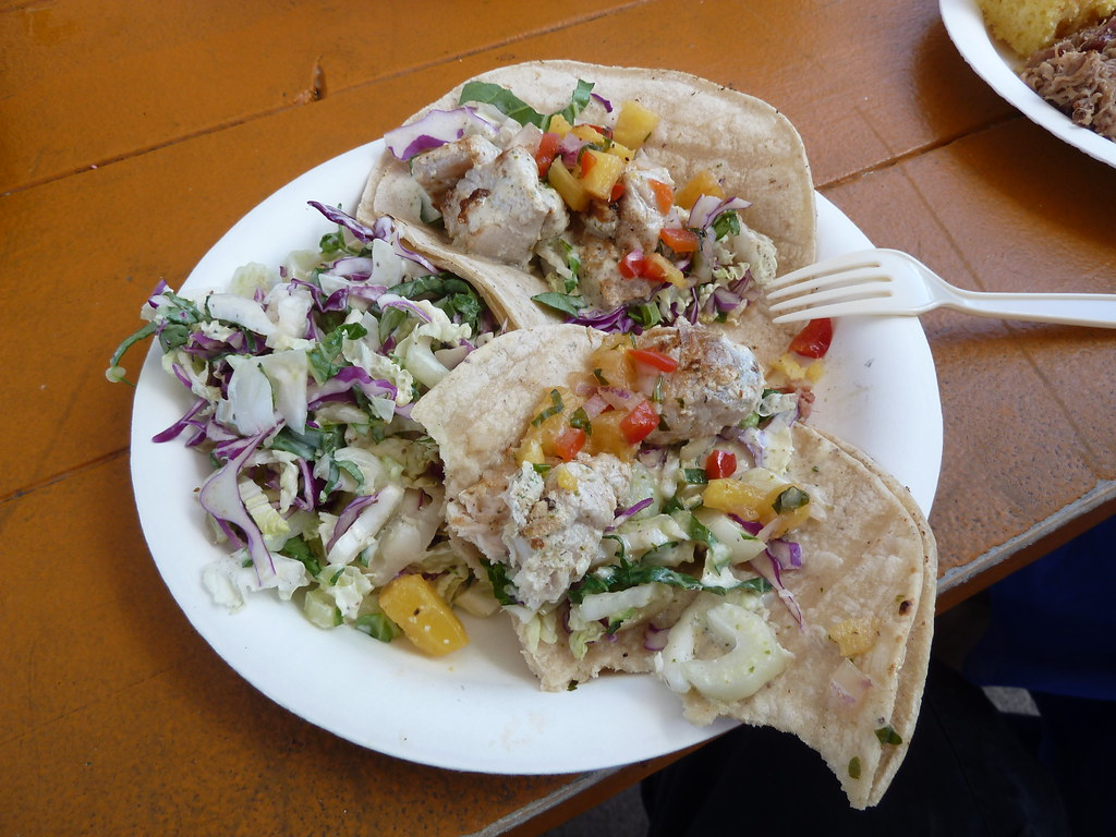 Fish Tacos At Sweet Home Waimanalo Fuzzy Gerdes Flickr