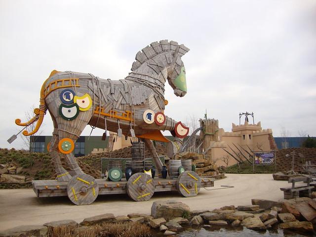 +2010 el caballo de Troya