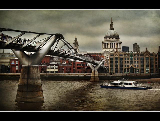 London - Millenium Bridge and St Paul Cathedral