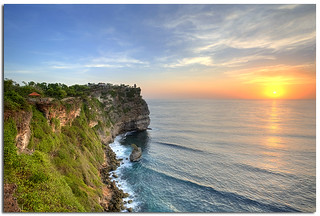 Sunset from the Indian Ocean @ The majestic cliff of the Uluwatu Temple, Bali | by YYZDez @clicklikeamonkey.com