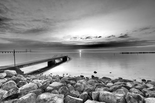 bridge sunset sky bw seascape beach water blackwhite skåne sweden malmö hdr öresund sibbarp öresundsbron canonefs1022mmf3545usm photomatix