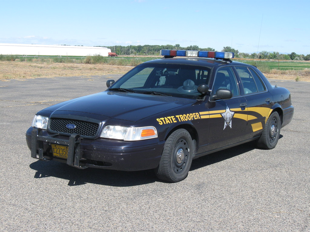 Oregon State Police | Crown Victoria Police Interceptor