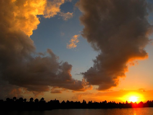 sky nature clouds reflections landscape fire golden canonpowershot sunsetmiami zstincer