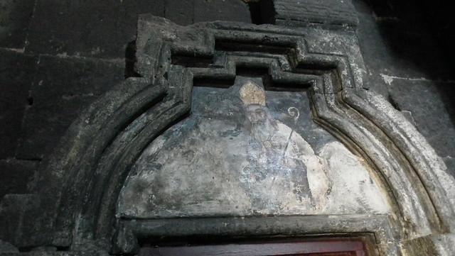 pintura mural timpano de puerta Iglesia de La Santa Madre de Dios Monasterio de Saghmosavank o de los Salmos Armenia 12