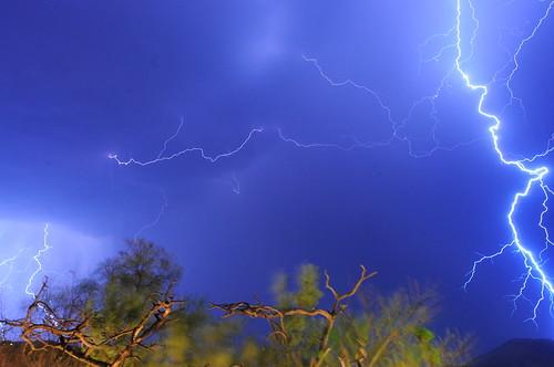 Lightning   by carolune