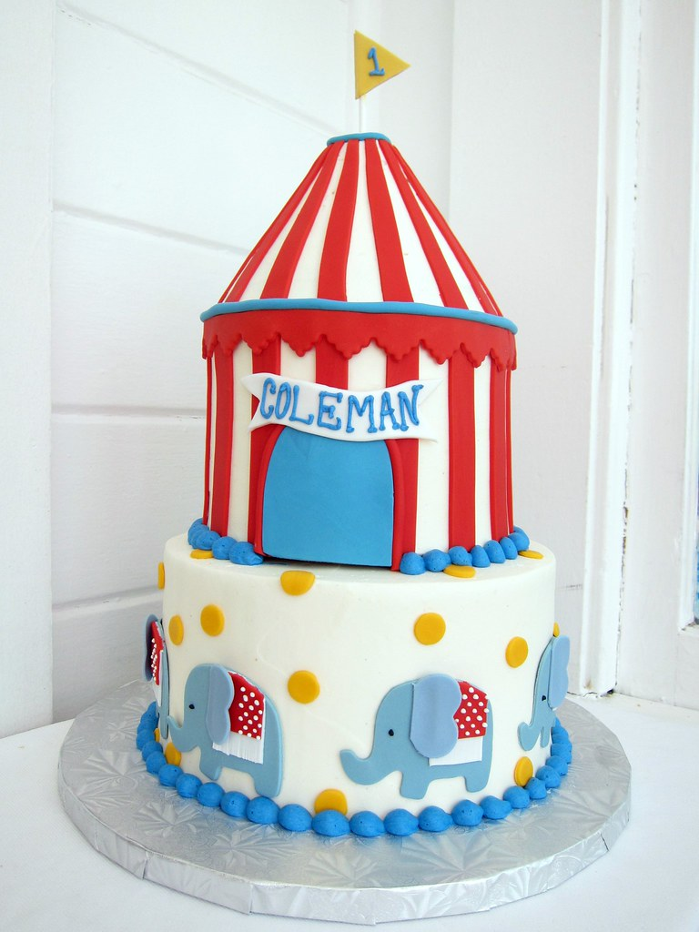Phenomenal Circus Birthday Cake Polkadots Olga Flickr Personalised Birthday Cards Veneteletsinfo