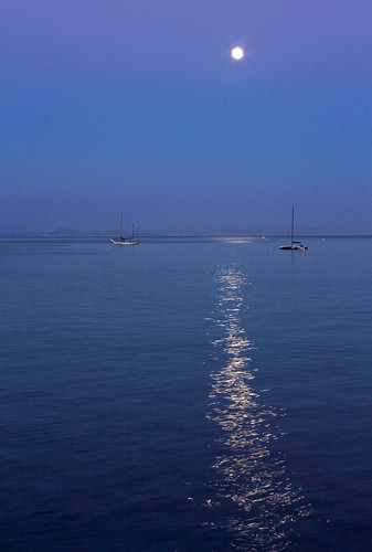 california moon coast explore sunrisesunsets californiasunsets