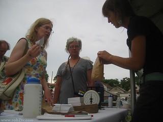 100724-kavage-industrial-harvest-flour-giveaway-chicago