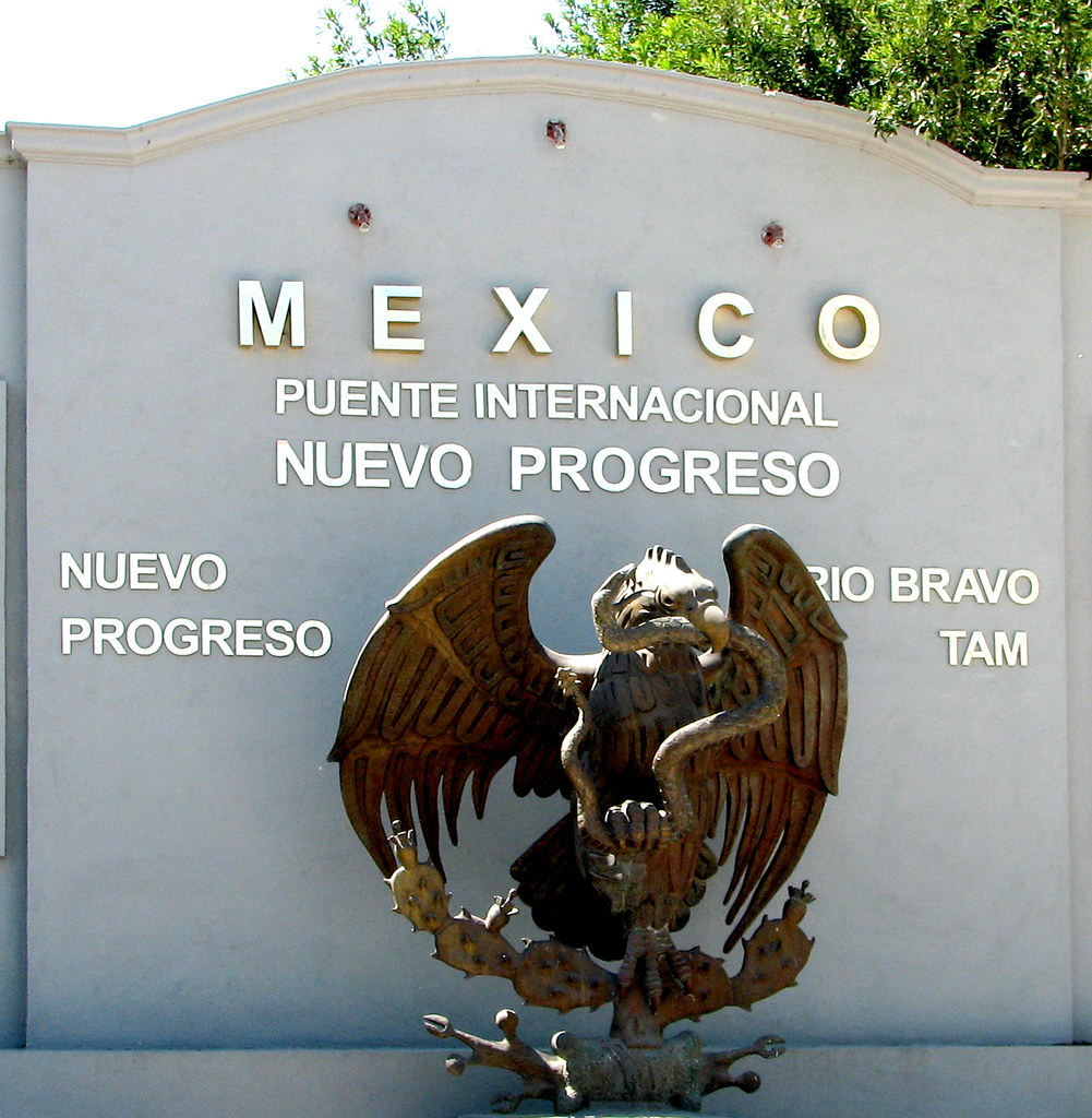 Mexico National Symbol at Nuevo Progresso Bridge | Welcoming… | Flickr