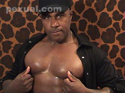 Pexual.com Nippleplay Videos with Muscle 25 | by pexuality