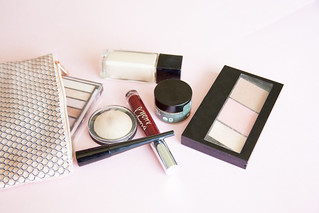 cosmetic bag with makeup products | by franchiseopportunitiesphotos