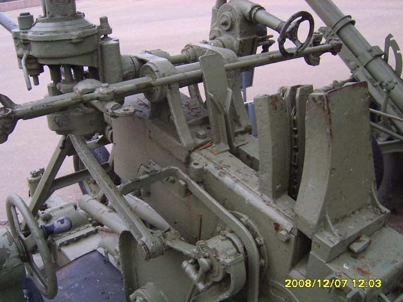 37mm Anti-aircraft gun 7