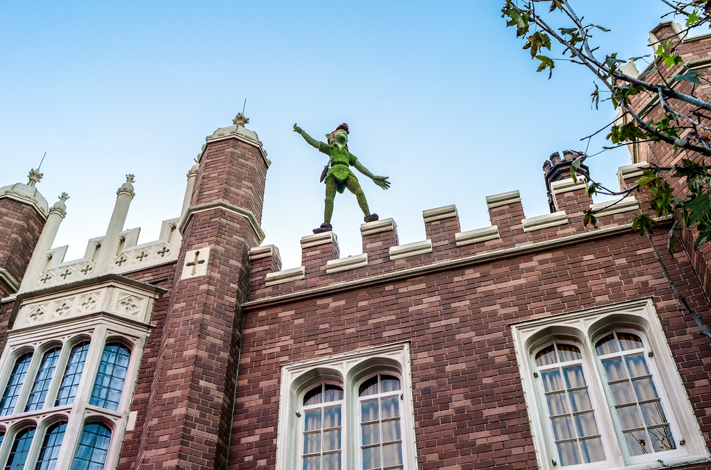Peter Pan topiary Epcot