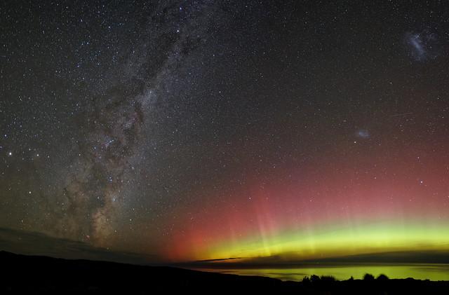 Aurora Australis & Milky Way (new version)