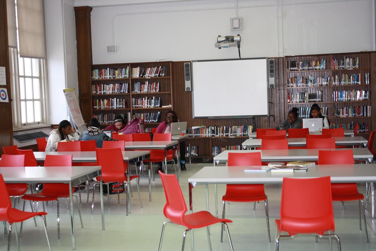 Queens Collegiate A College Board School District 28 Insideschools